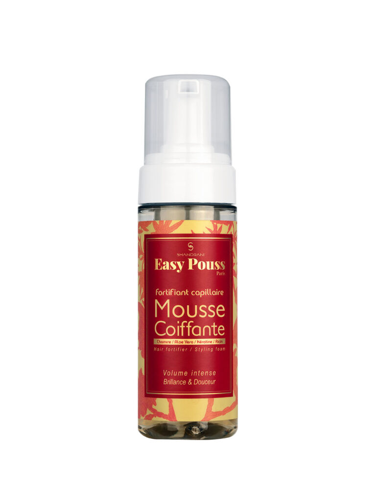Mousse coiffante Shandrani Easy Pouss photographie du flacon 150 mL sur fond blanc